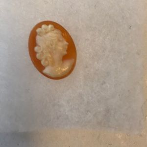 1/2 Ring Cameo